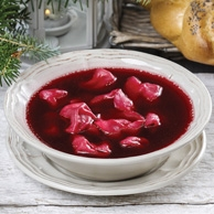 Christmas borscht with dumplings